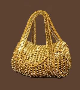 Ref. RA3110 - Bolso Amarillo hecho con anillas de latas